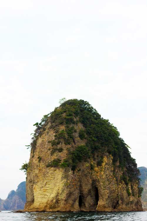 堂ヶ島の奇岩「ゾウ」?