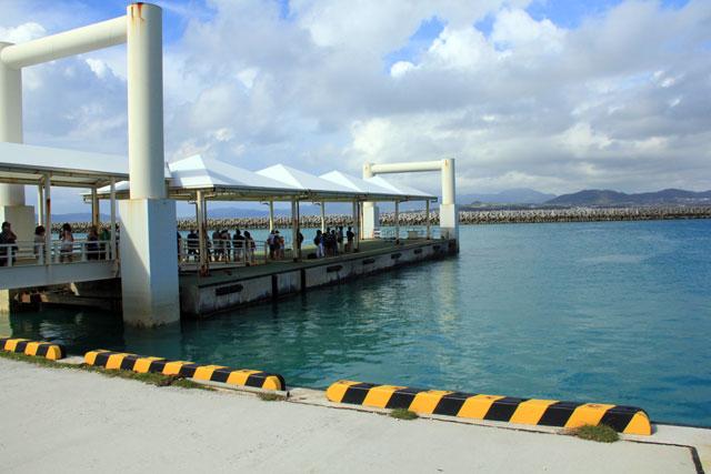 竹富港の乗船口