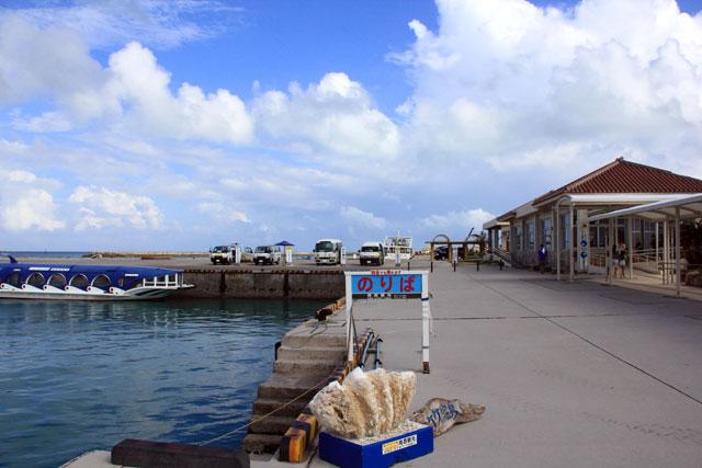 竹富港の入り口